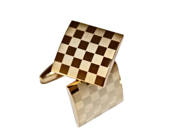 Manschettenknöpfe mit Schachbrettmuster gold