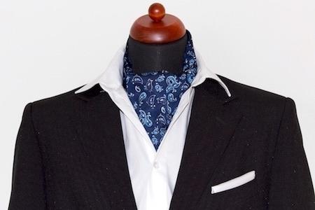 Der Krawattenschal, Ascot und Plastron