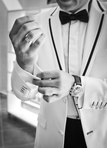 dresscode-black-tie-summer-outdoor_1
