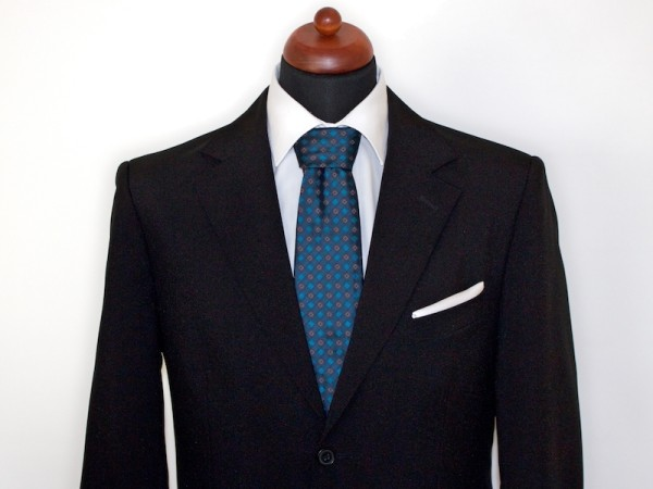 Krawatte türkis mit Anzug